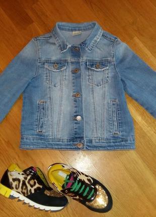 Стильный джинсовый пиджак zara с красивой теркой с высветлениями на 7-8 лет