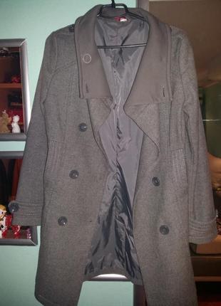 Серое пальто от h&m