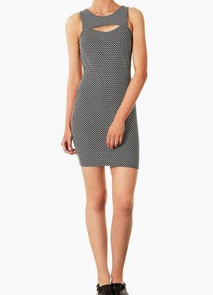 Короткое платье с вырезом topshop