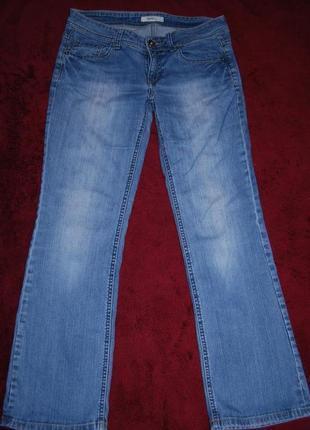 Прямые фирменные джинсы пот 42 длина 96 см
