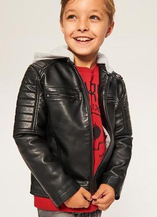 Чорна куртка для хлопчика від reserved