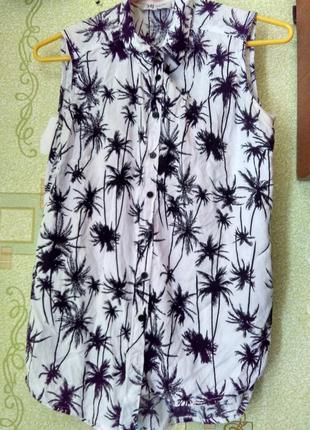 Сиильная рубашка-безрукавка с пальмами