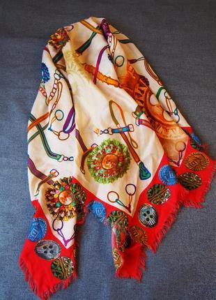 Суперстильный и яркий  платок