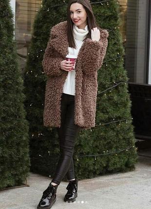 Трендовые пальто шубки teddy zara