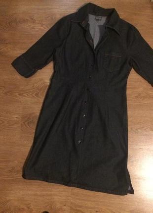 Стильное джинсовое платье -рубашка 36-38  р.пог 45 см ,длина 90 см