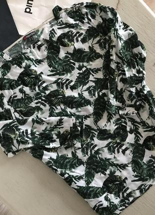 Актуальна блузка в тропічний принт street one