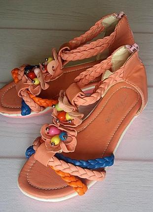 Летняя обувь