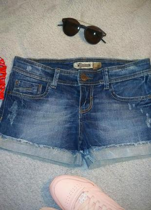 Классные джинсовые шорты stradivarius