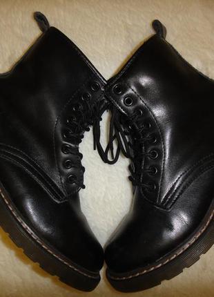 Кожаные, стильные утепленные качественные ботинки acesc р. 35-36 стелька 23 см2