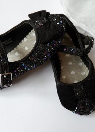 💦блискучі туфельки розмір 5