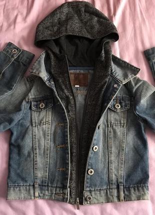 Жіноча джинсова куртка  нова  32801582338fa