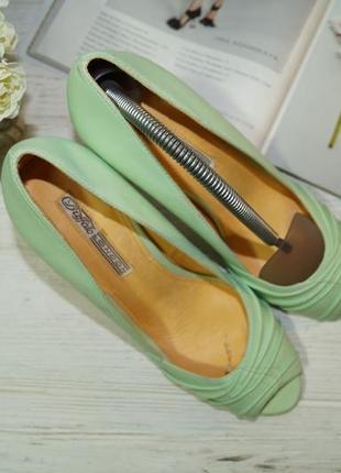 Buffalo! кожа! красивые туфли на устойчивом каблуке5 фото