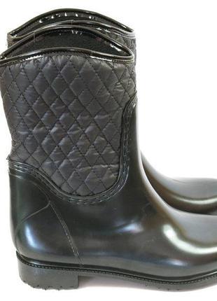 Резиновые сапоги черные с подкладкой