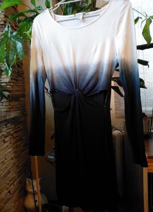 Трендовое , актуальное платье forever 21