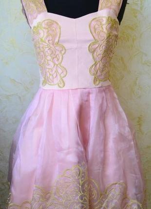 Шикарное нарядное платье на девочку-подростка р-р 46-48,турция.новое