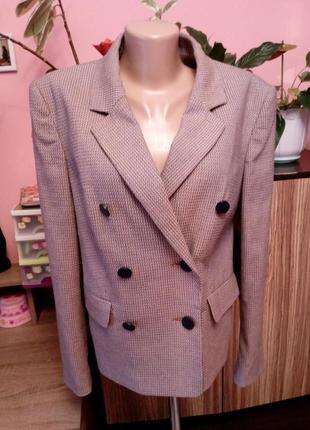 Стильный пиджак блейзер осенней коллекции m&s,размер 14(42)-xl,на наш 50-52