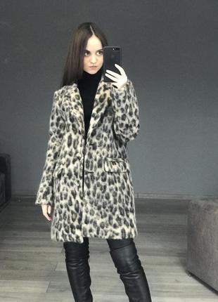 Стильное пальто kontatto