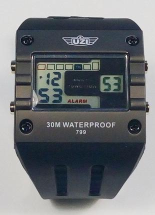 Оригинальные эксклюзивные часы uzi digital sport watch 799