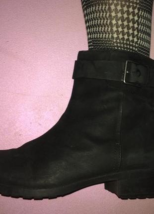 Cole  haan ботинки женские натуря кожа;размер-37