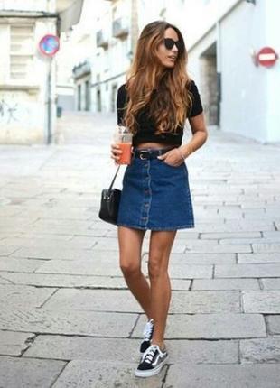 🍀стильная джинсовая мини юбка трапеция на пуговицах forever 21