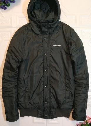 Демисезонная куртка adidas, размер s