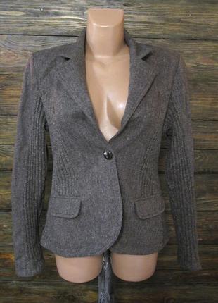 Фирменный теплый пиджак чистая шерсть