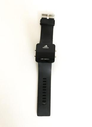 Спортивные женские модные часы led watch adidas на резиновом ремешке черные