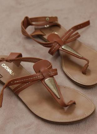 Кожаные босоножки сандалии catwalk p.39 (25 см)