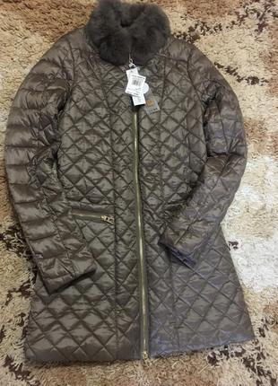 Шикарное итальянское фирменное пальто rinascimento с натуральным мехом