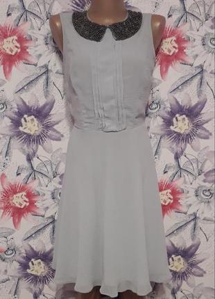 Потрясающее серое платье с отложным воротником размер с,м