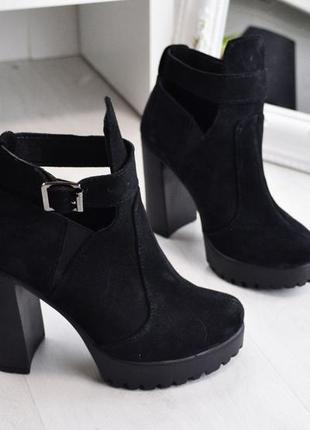 989665b269d3b6 Женские черные демисезонные ботинки ботильоны на высоком каблуке р 36-401  фото ...