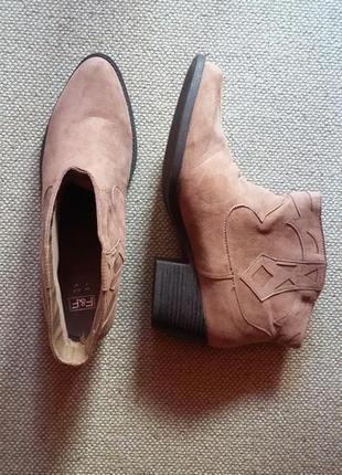 Новые ботинки полусапожки эко замша по стельке 27см