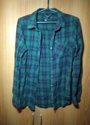 Рубашка в зелену клітинку