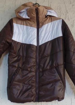 Демисезонная курточка размер 44-46 s