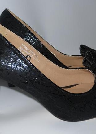 Симпатичные туфельки р.37