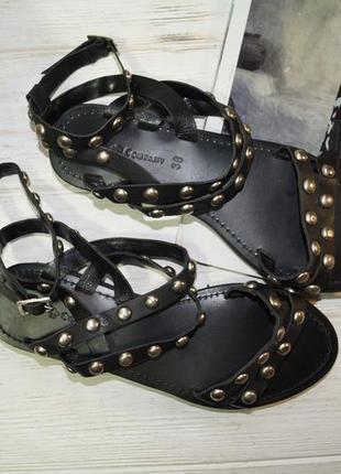 Friis company. кожа. крутые сандалии, босоножки с заклепками3