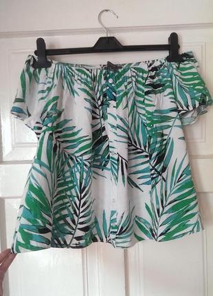 Віскозна блуза в принт з відкритими/ опущеними плечима від primark, на р. s/м