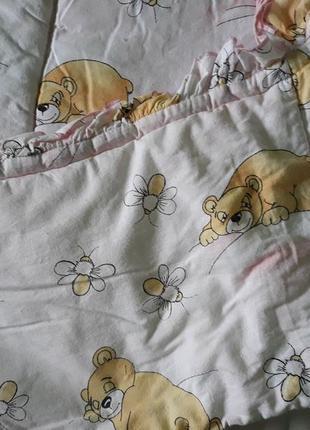 Бортики в ліжечко  постільна білизна