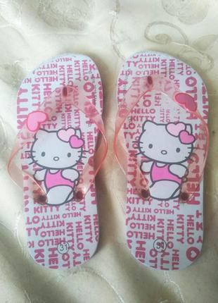 Красивые розовые вьетнамки hello kitty для девочки размер 31