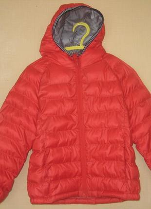 Демисезонная курточка uniqlo 3-4 года
