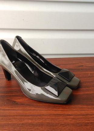 Шикарные туфли hogl,размер 39...