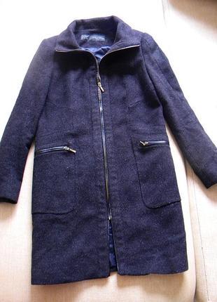 Пальто zara на молнии