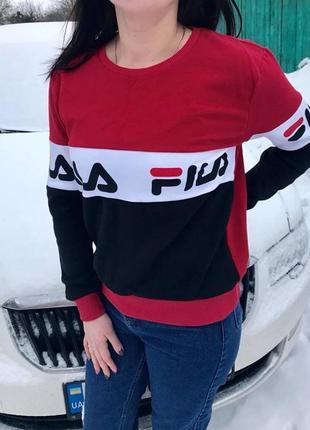 Очень классный трикотажный свитер)