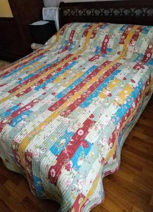 Покрывало на кровать 240*260