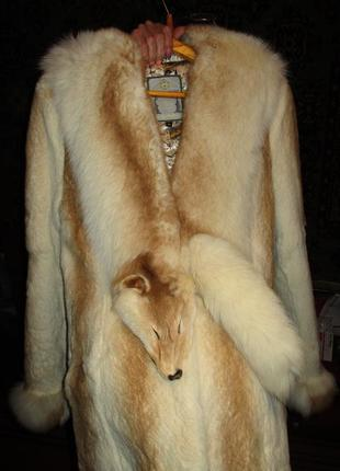 Эллегантная шуба из лисы