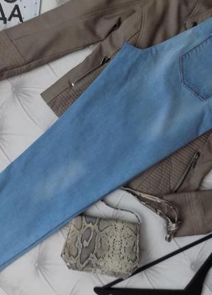 Ровного кроя джинсы на весну, высокая талия