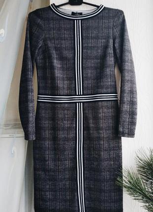 Классическое новое платье в клетку мини yourbest с длинным рукавом