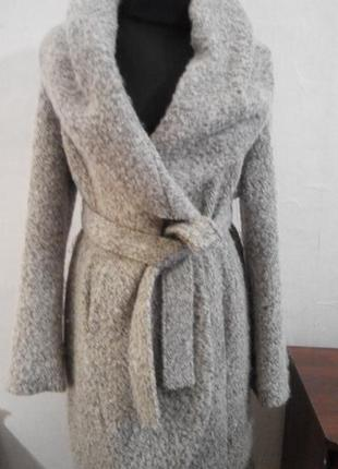 Пальто на запах демисезонное