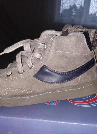 Замшевые ботинки с италии devis 27р 16,5-17см
