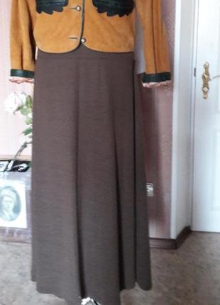 Очень красивая юбка полуклешь